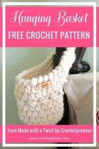I could use this for so many things! The bathroom, the stairwell, the bedside and right by the front door, for my keys! #hangingbasket #crochetbasket #basketcrochetpattern #freecrochetpattern #madewithatwist #crochetpreneur #homedecor #farmhouse #handmadedecor