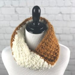 An image of the crocheted Reversible Cozy Cowl on a mannequin
