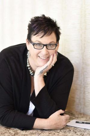 Pam Grice Crochetpreneur Headshot